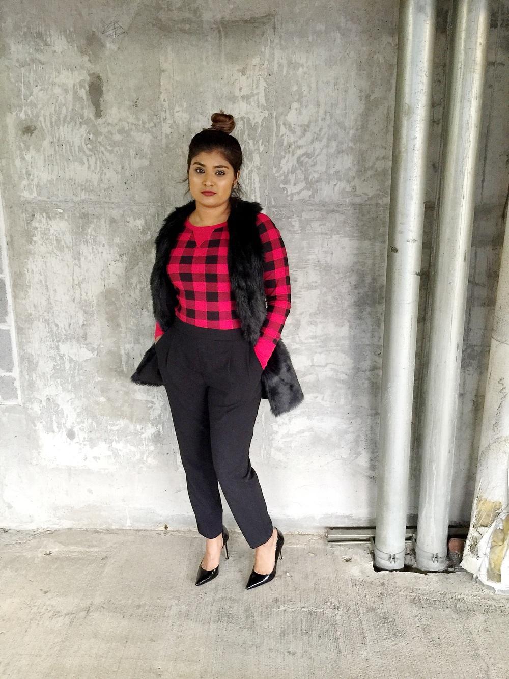 Top Bun, Faux Fur + Plaid | Fashion Blogger - by: Vashti Co.