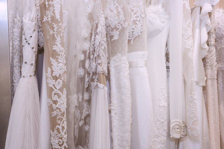 How To Find Your Designer Wedding Dress At 40 Off Sample Bridal