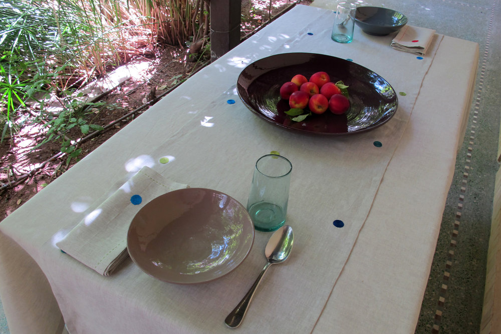 table_linen_polka_nature16_main.jpg