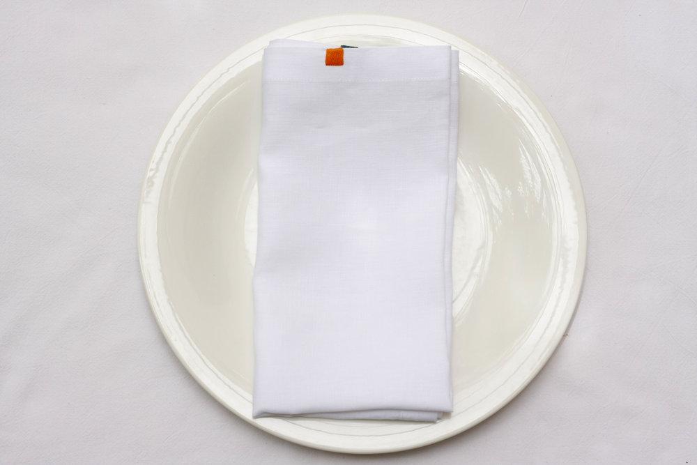 table_linen_flower_power_blanc28.jpg