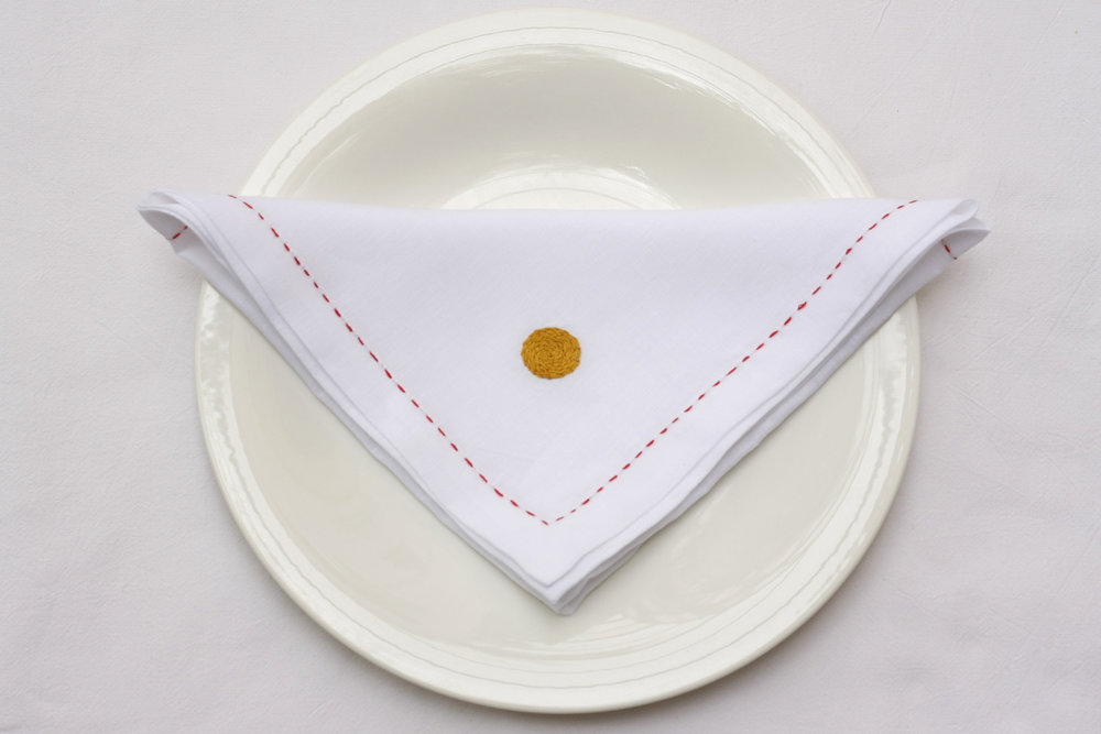 table_linen_polka_blanc40.jpg