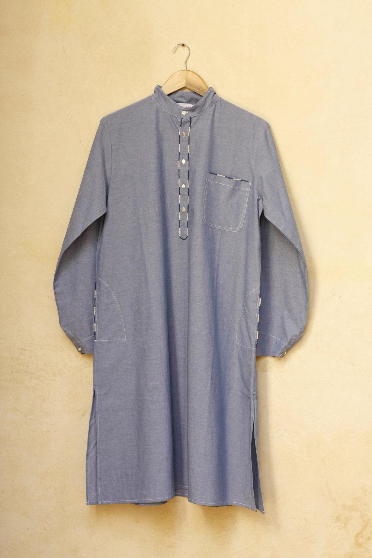 Men_Long_Shirt_Roberto_1_1.jpg
