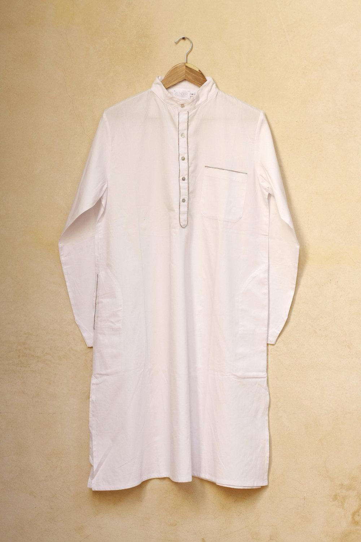 Men_Long_Shirt_Roberto_white_1.jpg