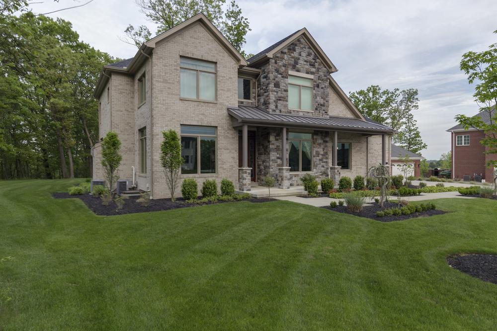 9818-Sumner-Drive-Madia-Homes-0002.jpg