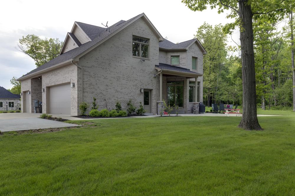 9818-Sumner-Drive-Madia-Homes-0006.jpg