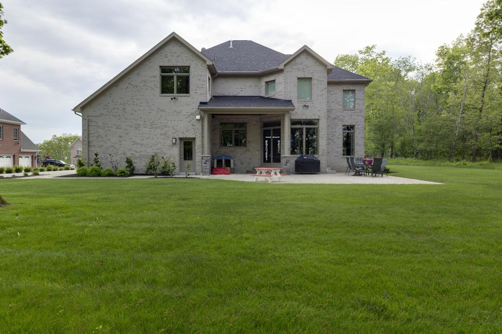 9818-Sumner-Drive-Madia-Homes-0007.jpg