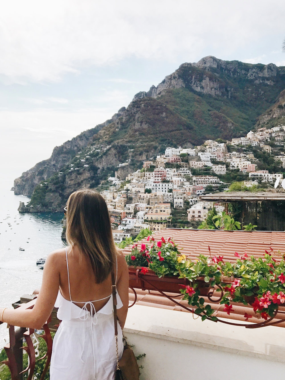 Stress less coloring by the shore - Travel Diary Positano Capri