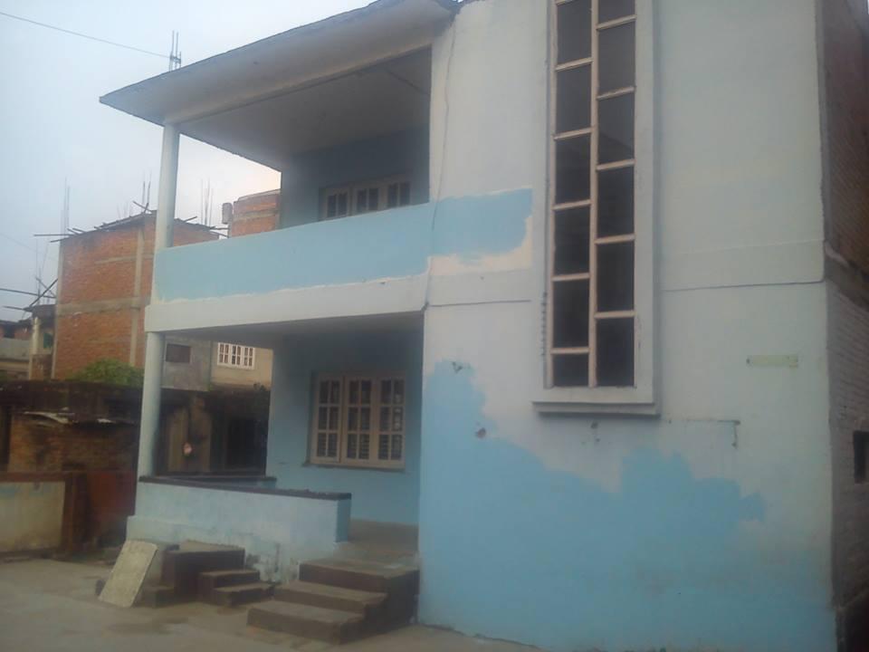 Kausaltar - start of 1st school.jpg