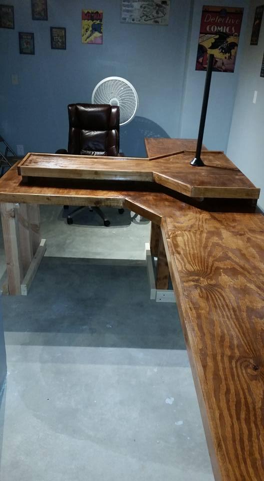 Desk final 1.jpg