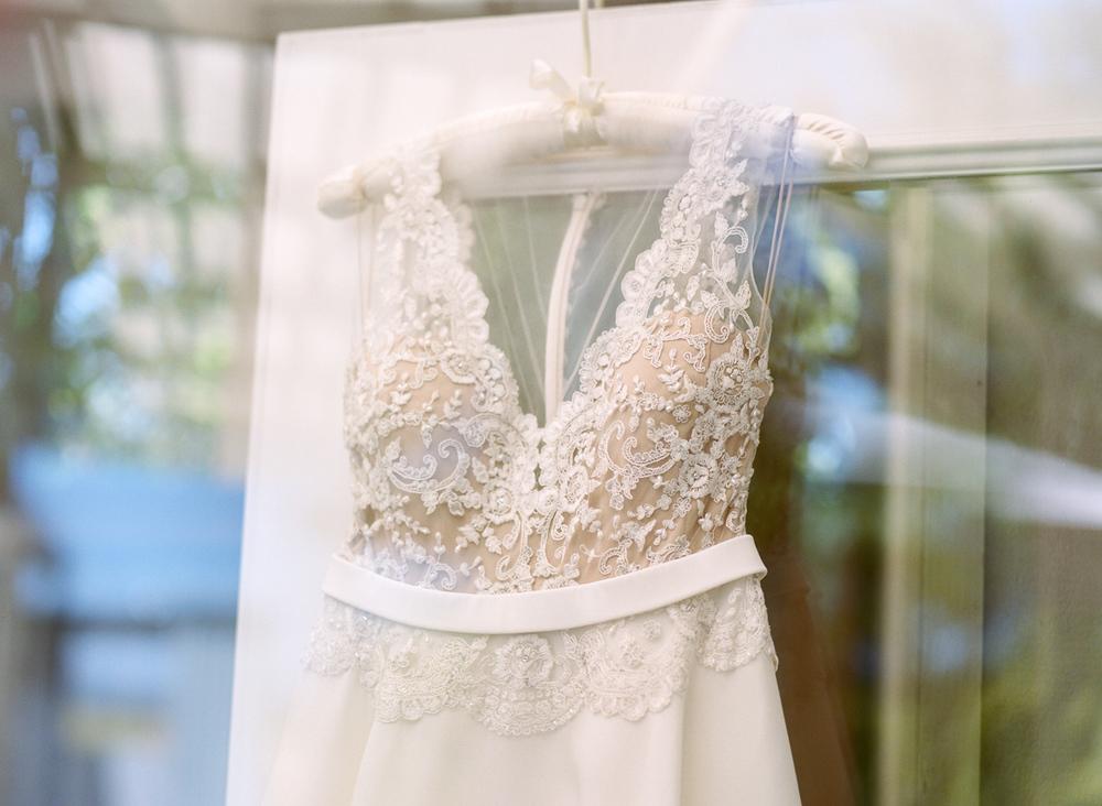 Carneros-inn-wedding-The-deJaureguis-005.jpg