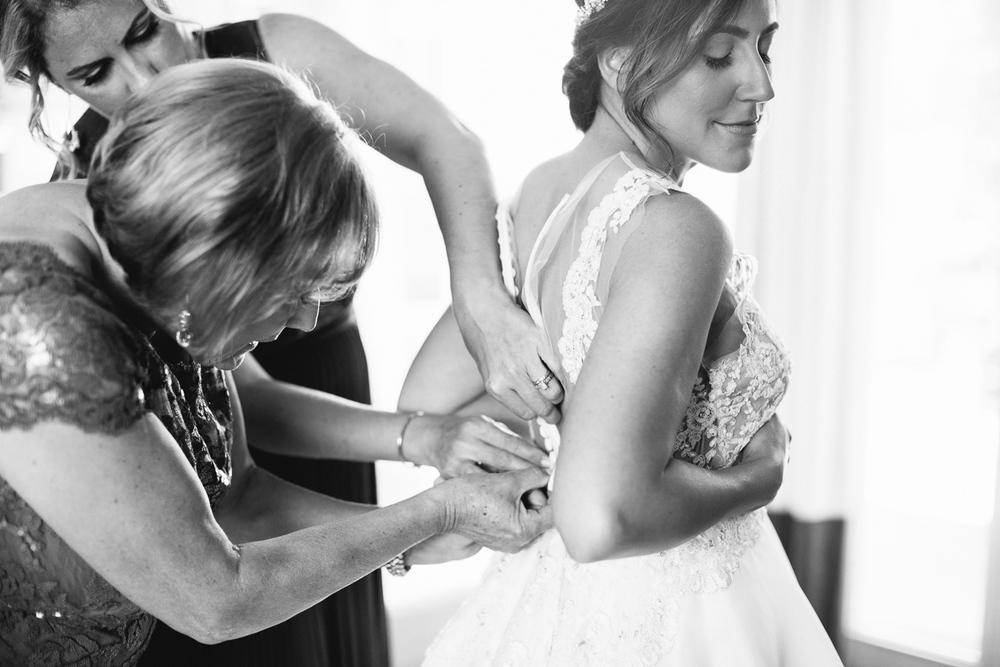 Carneros-inn-wedding-The-deJaureguis-010.jpg