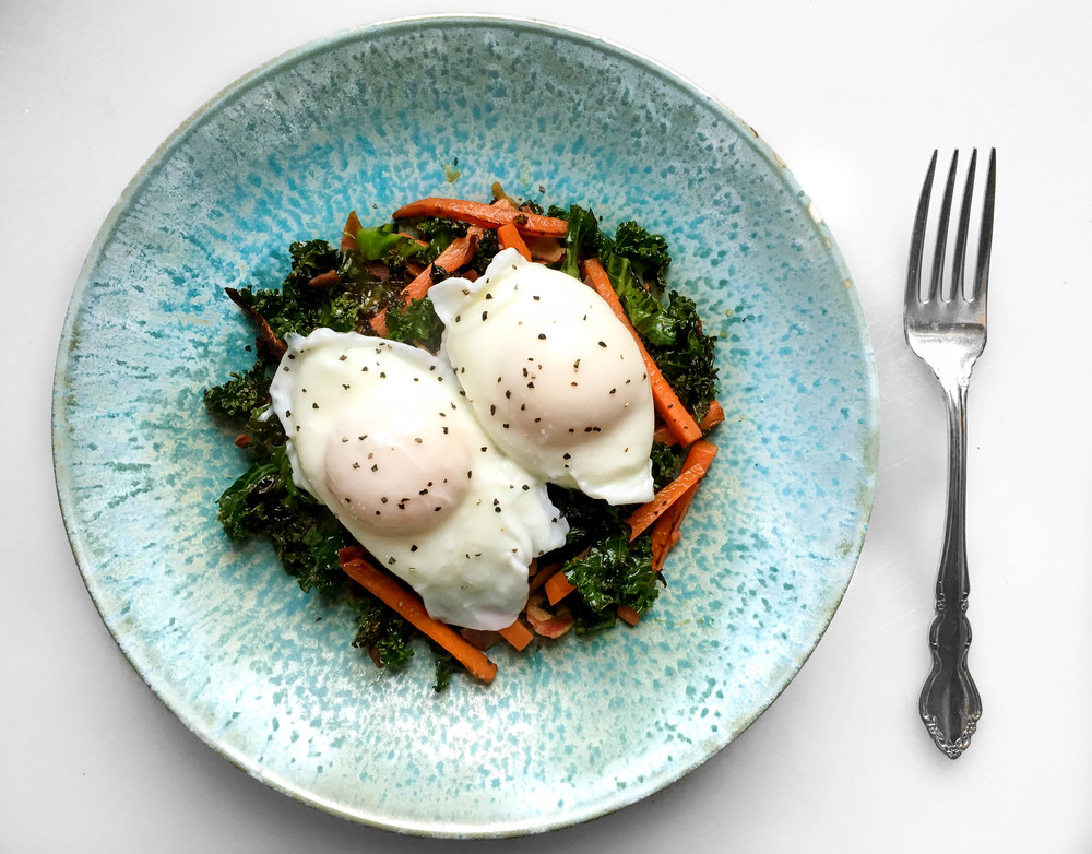 Poached Eggs w/ Kale & Carrots