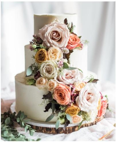 Pretty Sweet Wedding cake