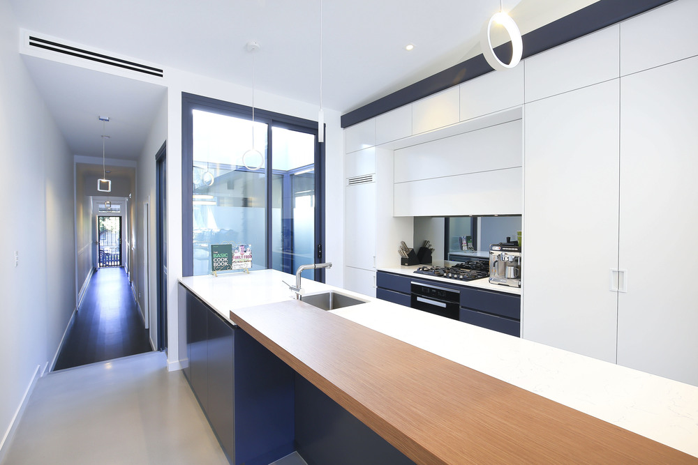 32 Clarendon Rd, Stanmore-7.jpg