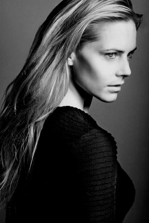 Monika Zimaniova59.jpg
