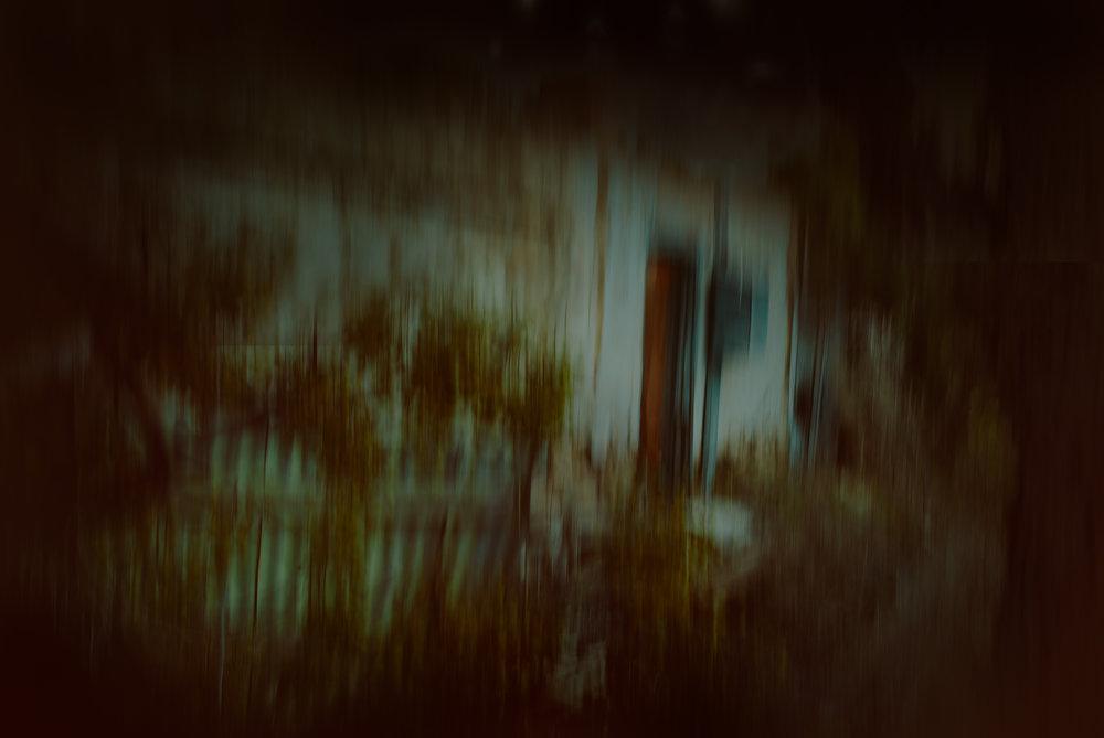 Creepy house 2000px.jpg