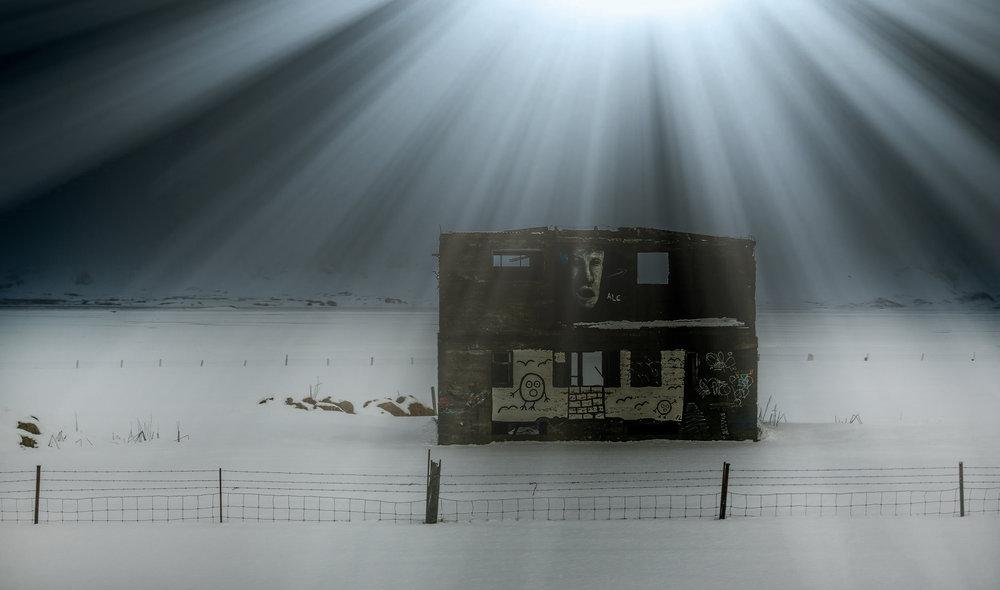 Old ruin Iceland.jpg