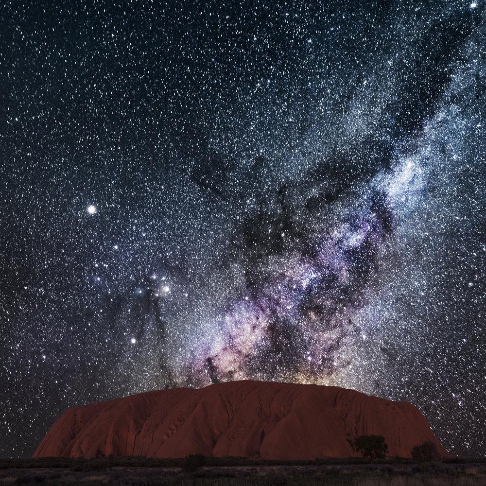 Uluru Astro 2500px.jpg
