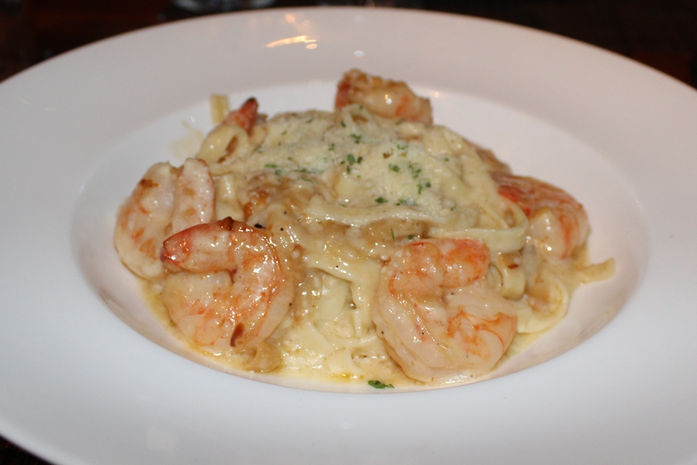 Fettuccine Alfredo with shrimp
