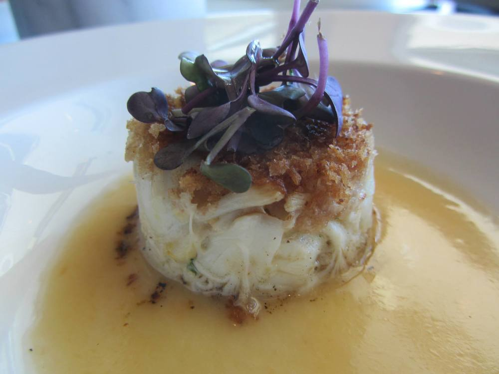 Blue lump crabcake with roasted grapefruit beurre blanc.