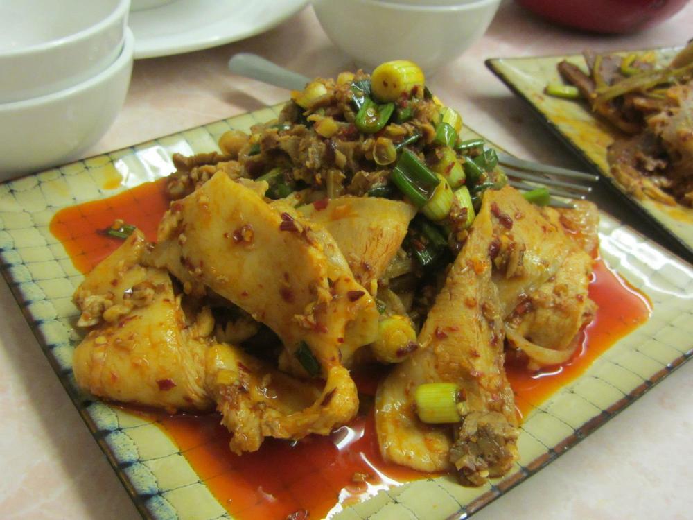 Pork belly in garlic sauce