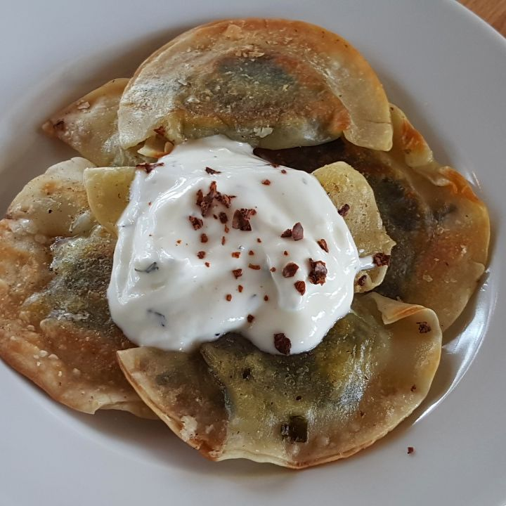 Pan-fried aushak (Afghani leek dumplings)