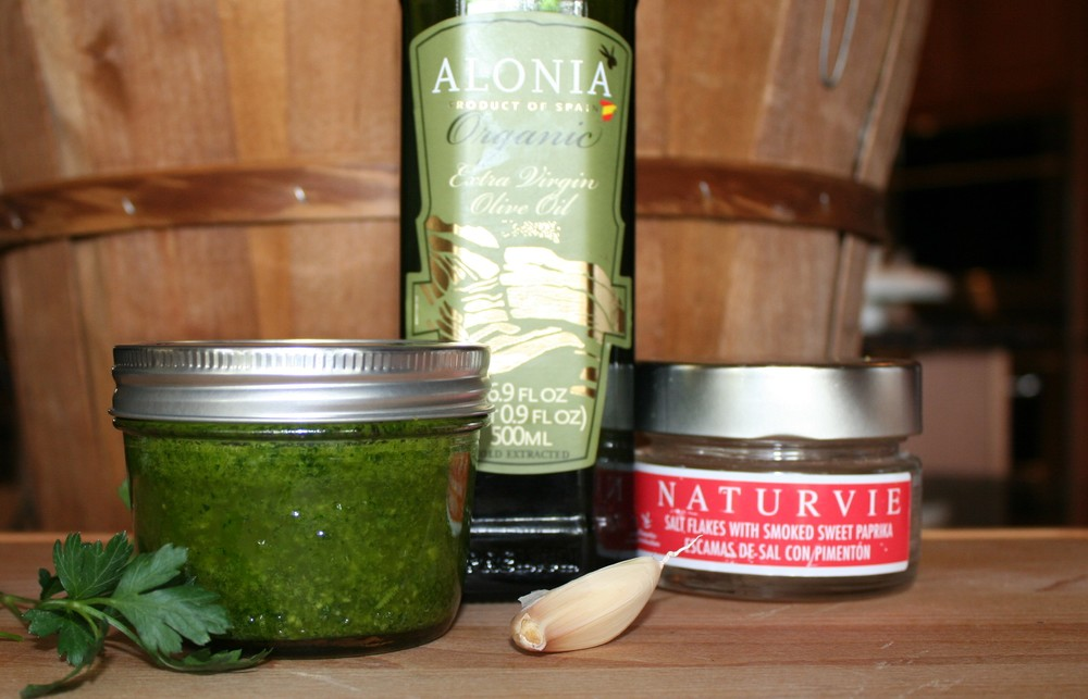 Spanish parsley garlic sauce