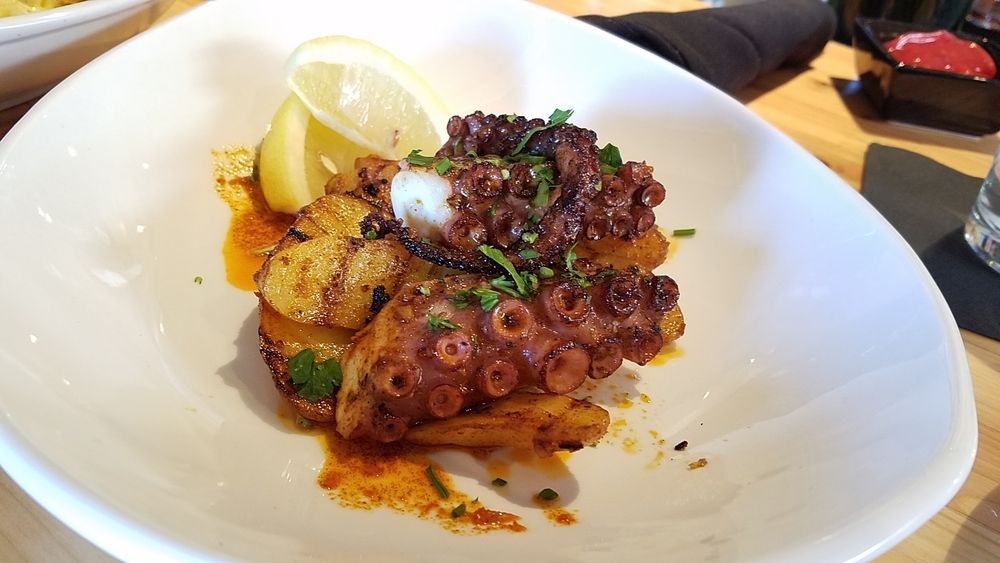 Pulpo/grilled octopus with potatoes and paprika
