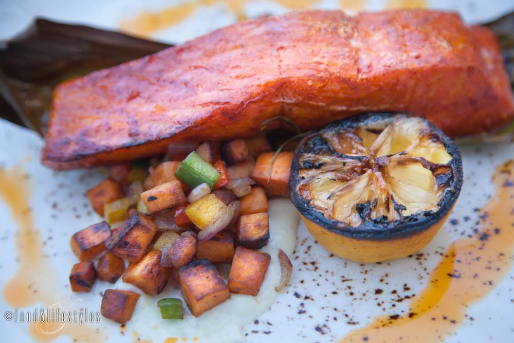 Achiote steelhead trout wrapped in banana leaves with sweet potato hash and mole at Artizen at The Camby (photo by Food & Lifestyles)