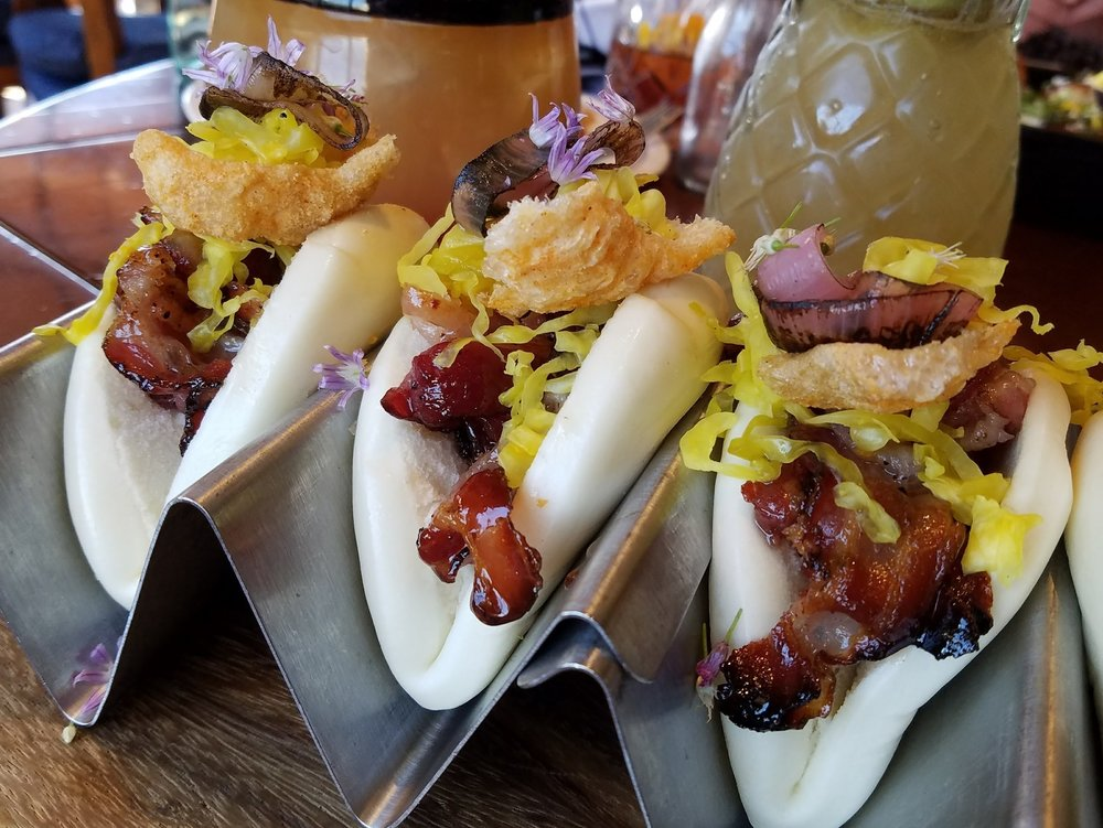Bacon bao