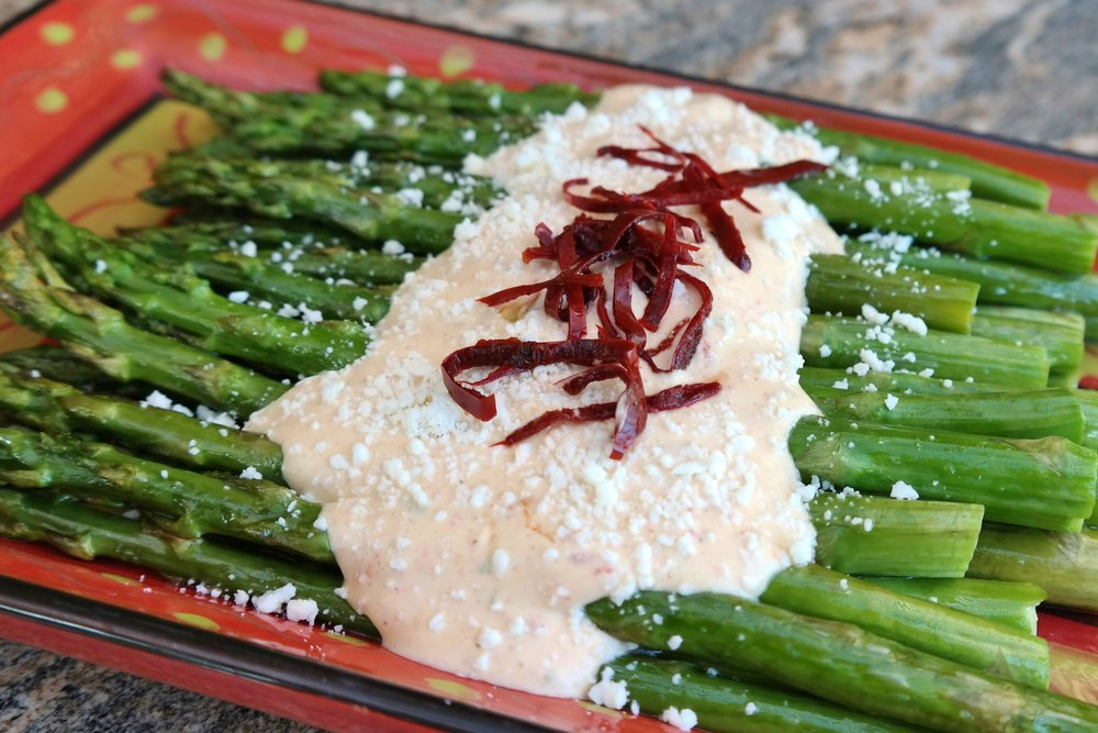 Roasted asparagus sour cream sauce