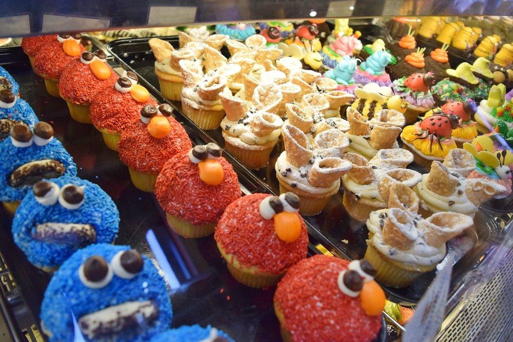 Chompie's - Specialty cupcakes.jpg