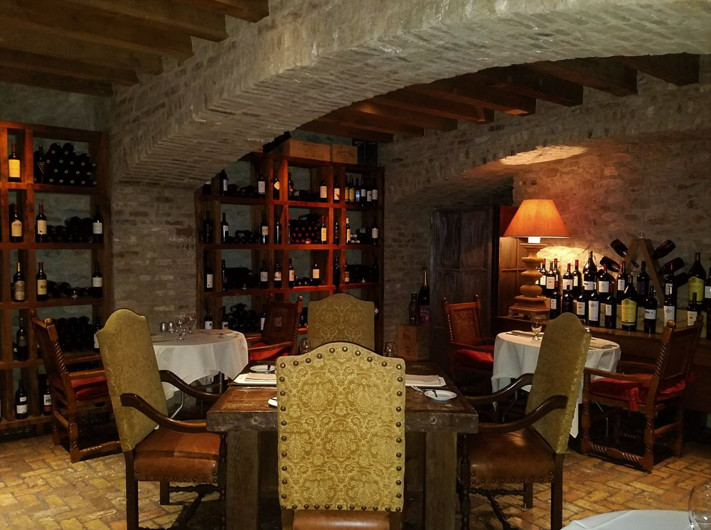 Wine cellar lon's