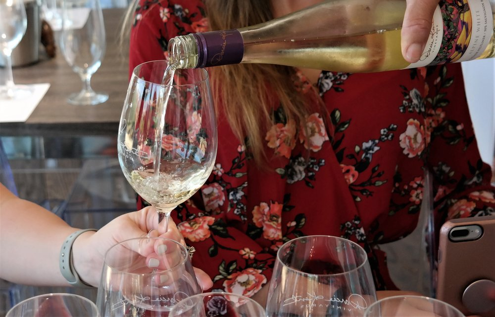 Darcie Kent Vineyards Alpine White