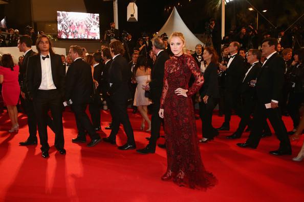 Maika+Monroe+Rover+Premiere+67th+Annual+Cannes+H4Qa8in5Z5hl.jpg