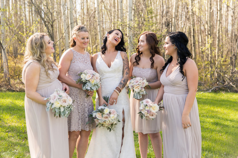 vintage bridal bouquets based in Calgary, Alberta