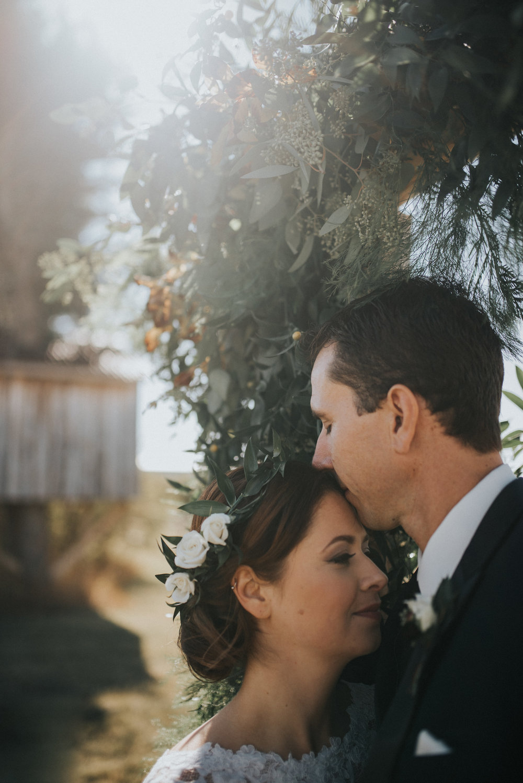 bridal wedding flowers in hair for alberta wedding