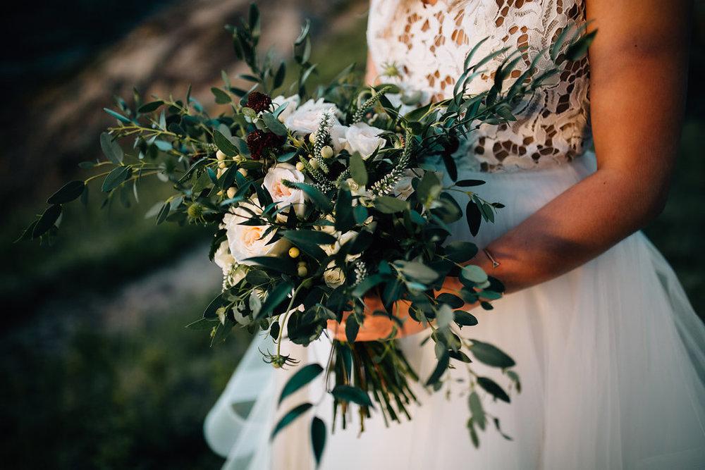 wedding flowers on a budget in calgary, alberta