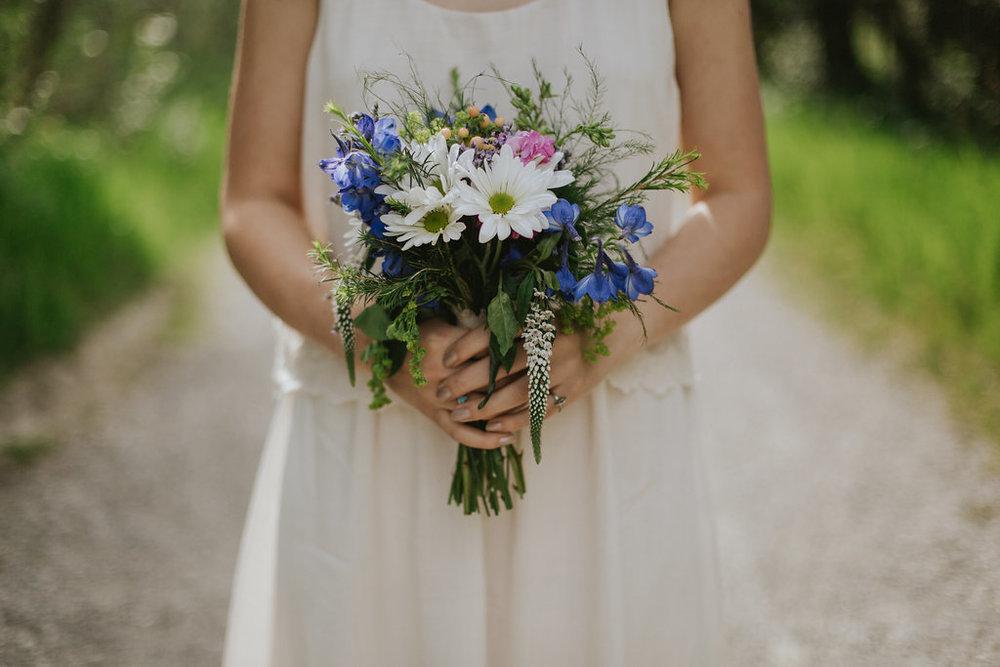 rustic and whimsical bridal wedding photos