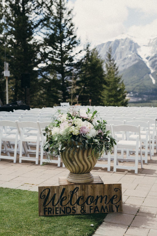 wedding flower arrangements in canmore, alberta