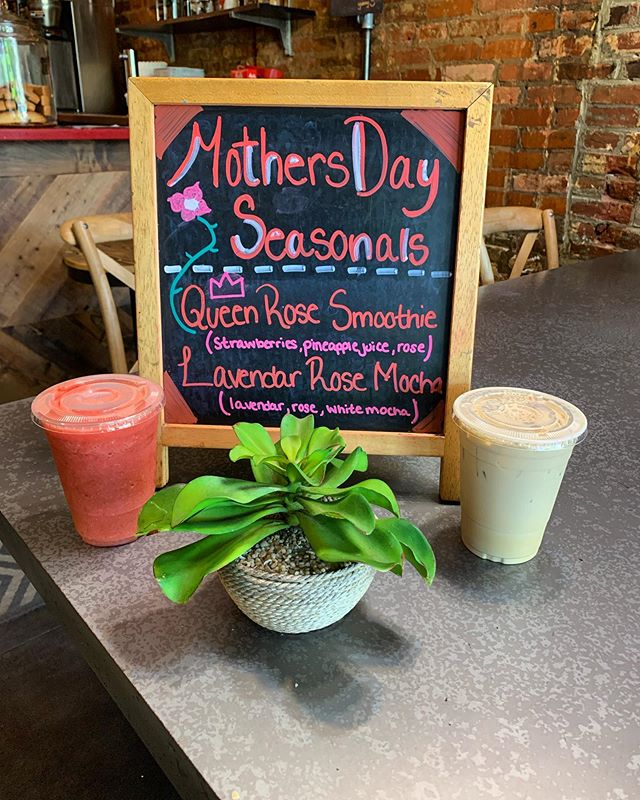 Mother's Day is a special day celebrating strong and beautiful women around the world. Wondering what #CapHillBourbon is doing for Mother's Day? Well we have our delicious seasonal drinks just for YOU!!! Feeling like a Queen? Come try our refreshing Queen Rose Smoothie! We even have our Lavender Rose White Mocha.. comes iced or hot ! 😁 #coffee #mothersday #love #caphillcomechill