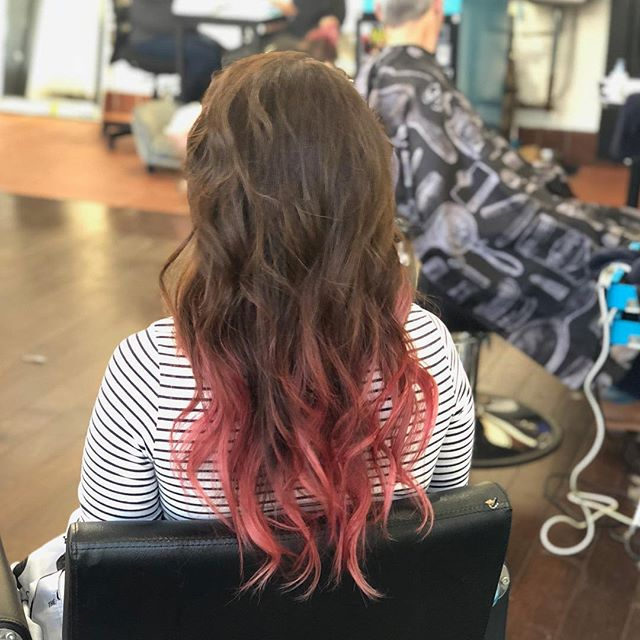 @kayscosmo gave @superflynails some ombré mermaid extensions by @hotheadshairextensions ❤️❤️❤️ #kayscosmo #AcuteCollective #hairextensions #hotheadshairextensions #hair #hairstylist #sfstylist #kevinmurphy