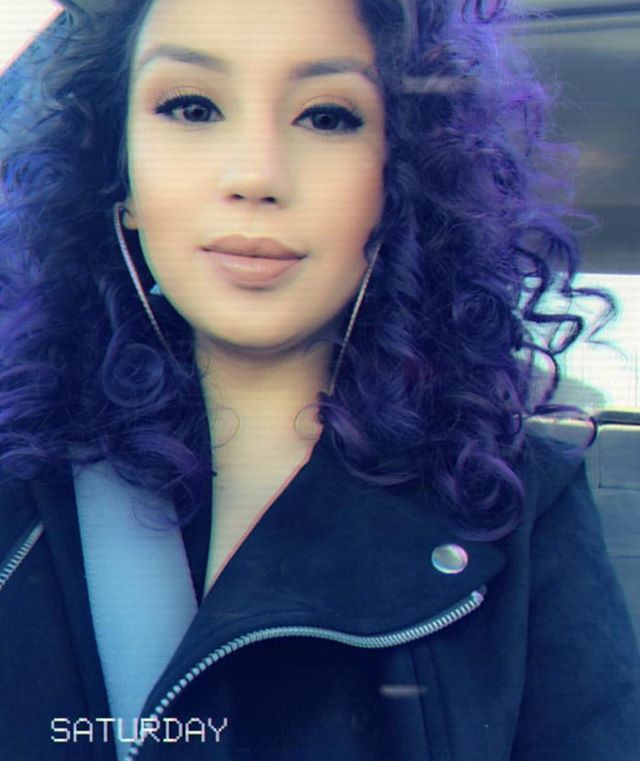 I made her purple hair dreams come true and stole her #selfie cos it was just toooo cute to not post 😈 love you longtime @milaxmami her and her family and friends habe been my clients for ever and ever and I love and appreciate every one of you. 👾🔮💜 #purple #haircolor hair #fantasyhair #curly #naturaltexture #haircut #curlyhair #acutecollective