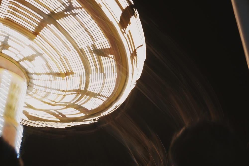 Flying Fiesta at night (long exposure, handheld)