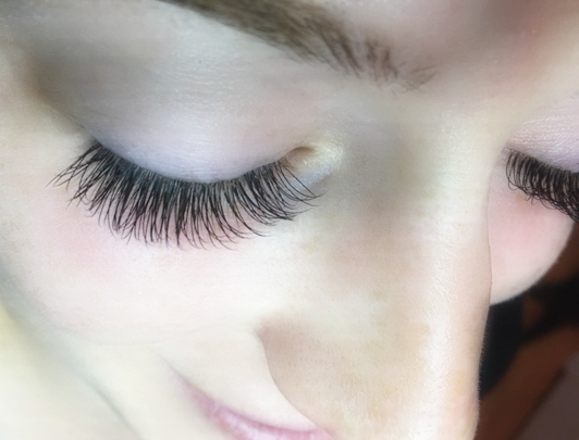 Silk Classic EyeLash Extensions