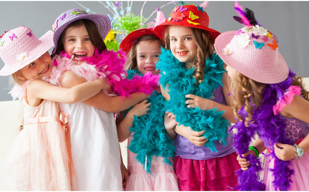 Fancy Nancy themed Girls' Portrait Party in Denver with photographer Jennifer Koskinen, Merritt Portrait Studio
