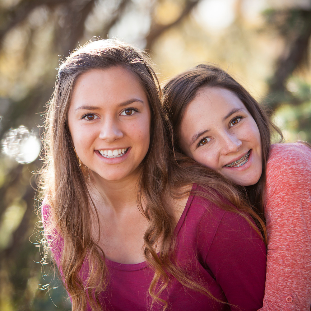 sisters-family-pictures-denver-merritt-photo