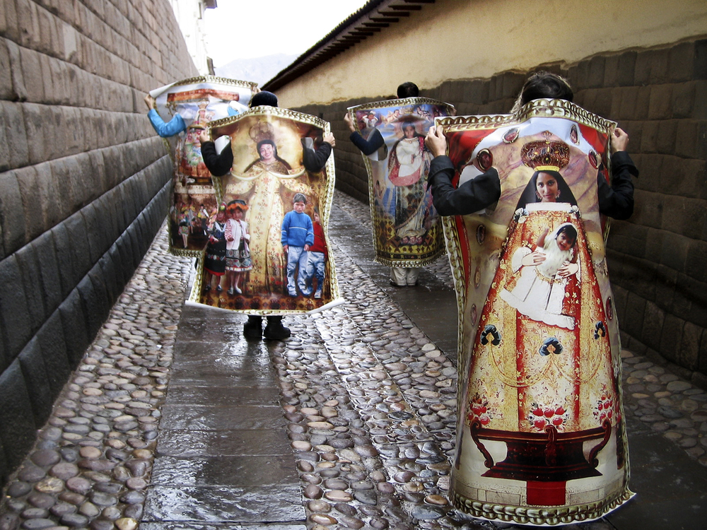 VirgenesCalleIncaica.jpg