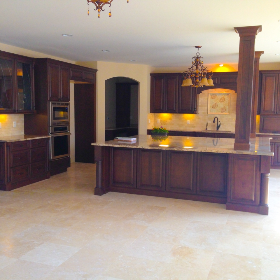 Building relationships one custom home at a time. General Contracting in the Fenton, South Lyon, Novi, Canton, Clarkston, Orion, and other Southwest Michigan areas Custom Quality 2