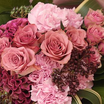 花束をお手配いたします 3,000円~